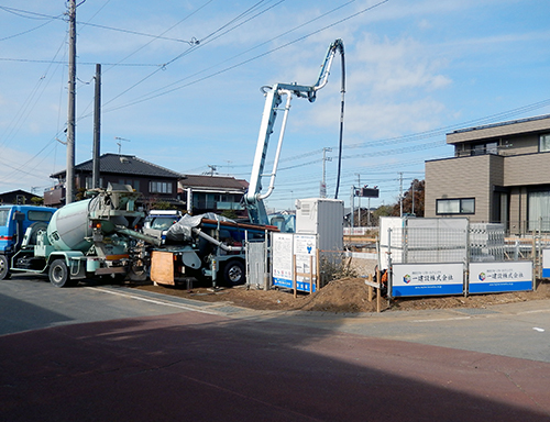 基礎ベースのコンクリート打設