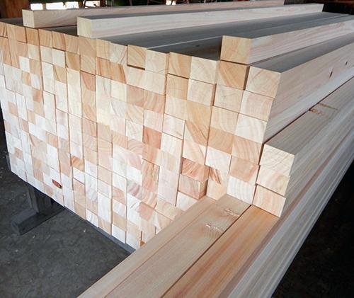 ヒノキ製化粧垂木