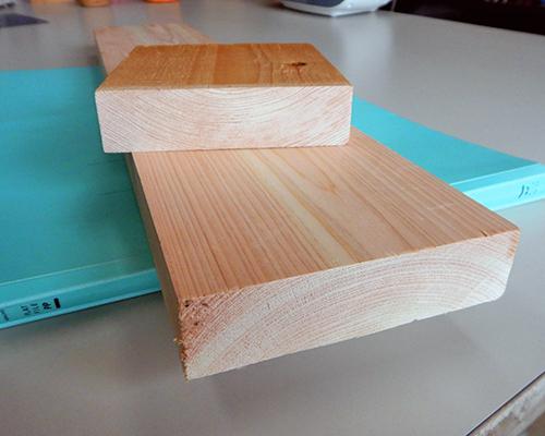 ヒノキ間柱自然乾燥材