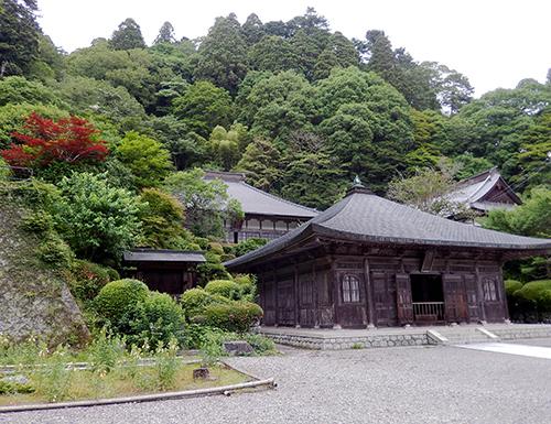 佛殿、勅使門、方丈と庫裏