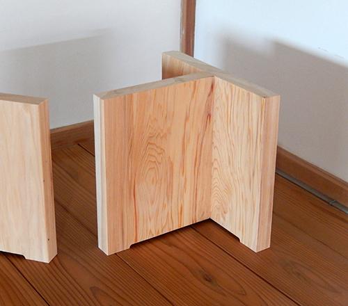 樹齢300年生天然ヒノキ脚部02