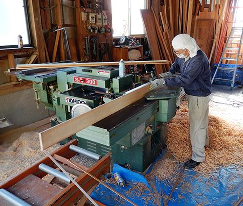 ヒノキ板の加工